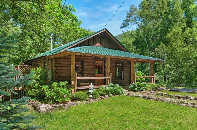 Asheville Log Cabin Rentals